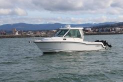 2015 Boston Whaler 285 Conquest Pilothouse
