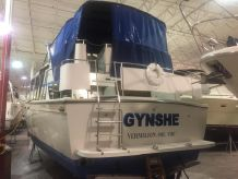 1989 Chris-Craft 381 Catalina