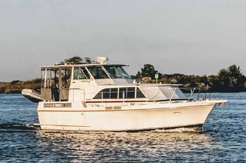 1973 Bertram 38 Salon Motor Yacht DIESEL - Good Life 38' Bertram 1973
