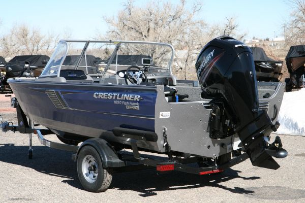Crestliner 1650 Fish Hawk WT - main image