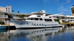 2005 Outer Reef Yachts 730 MY