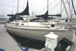 1983 Catalina 36 Sloop