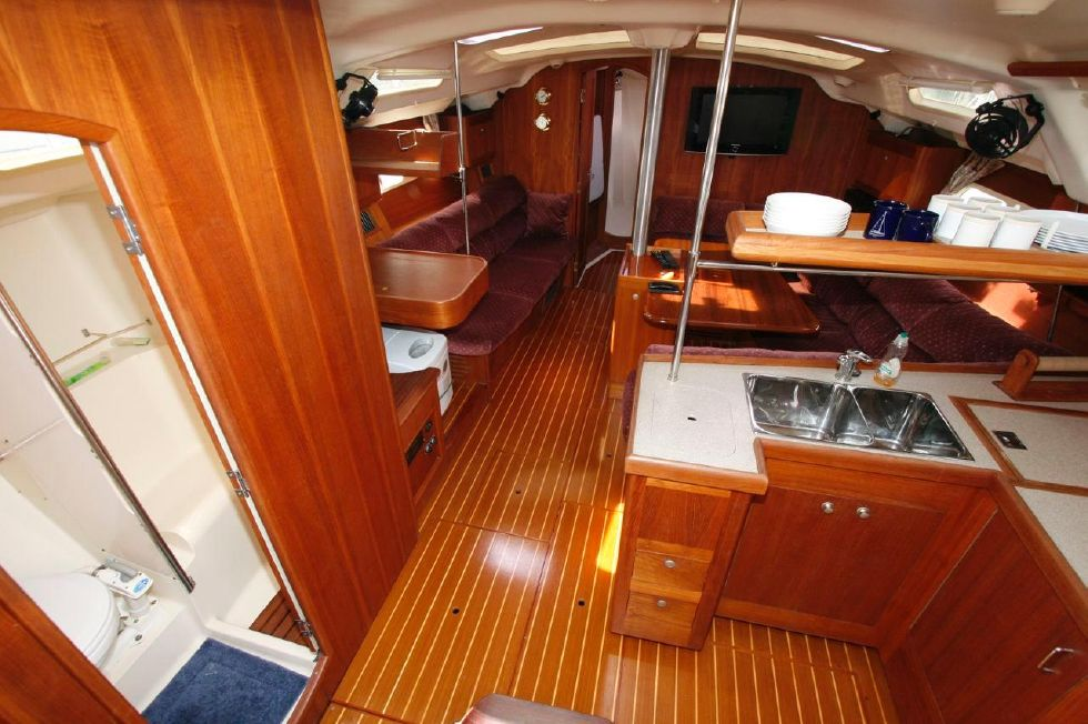 2002 Hunter 410 - View from Companionway