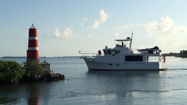 Ocean Alexander 50 Classico Pilothouse Cruising Florida Keys
