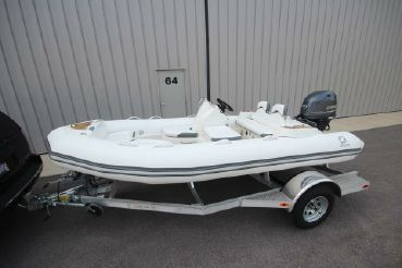 2021 Zodiac Yachtline 440 Deluxe NEO GL Edition 60hp On Order