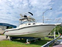 2008 Boston Whaler 305 Conquest