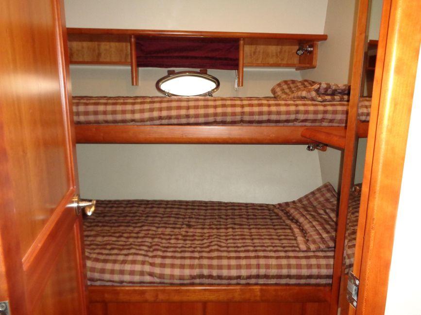 West Bay 58 Sonship Port Cabin