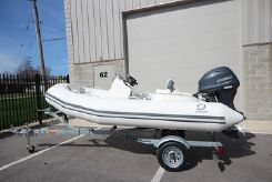 2020 Zodiac Yachtline 360 DL NEO 40hp In Stock