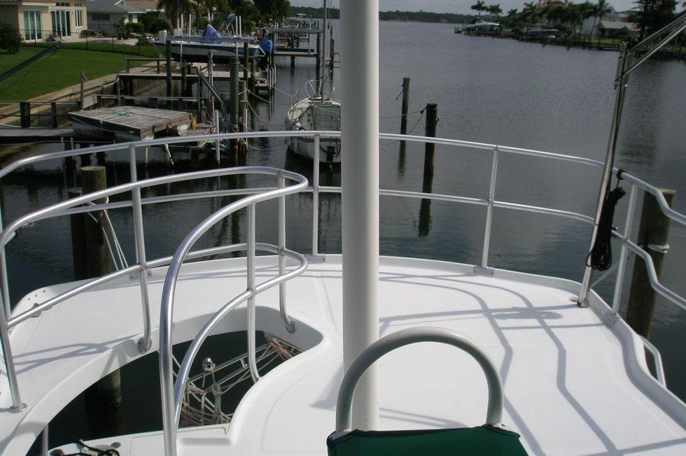 1997 Mainship 350/390 Trawler 35 Boats for Sale - Edwards