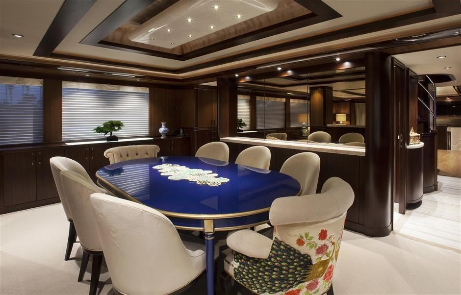 2016 Westport Raised Pilothouse Motoryacht - Dining