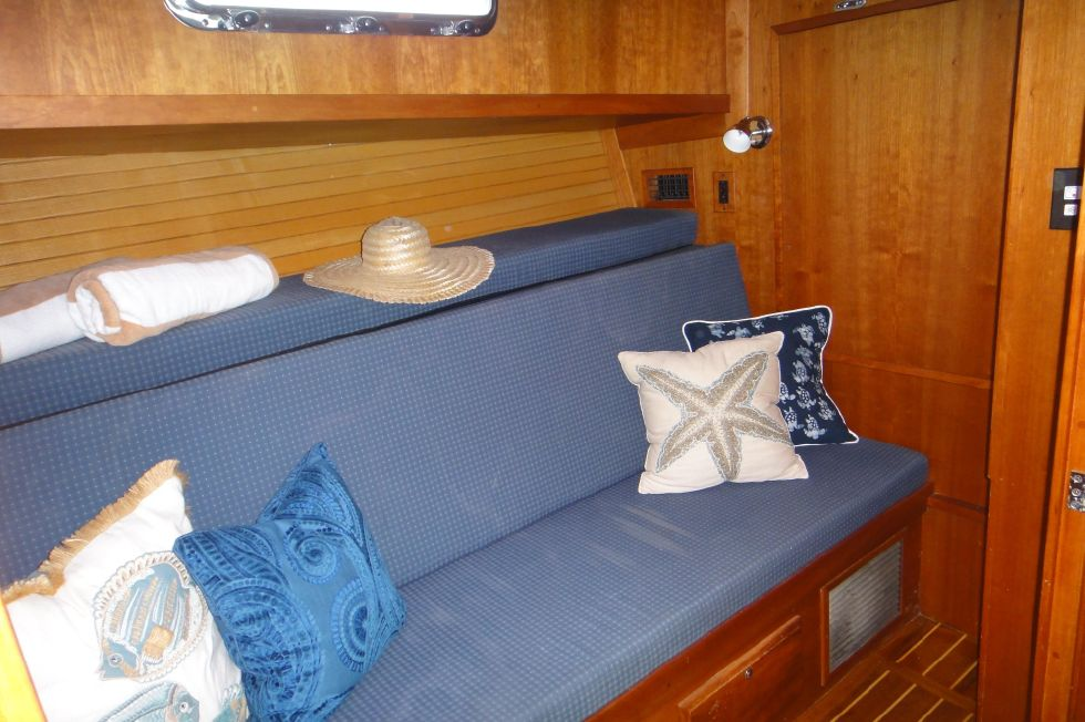 2006 Sabre 42 FB - Guest Stateroom