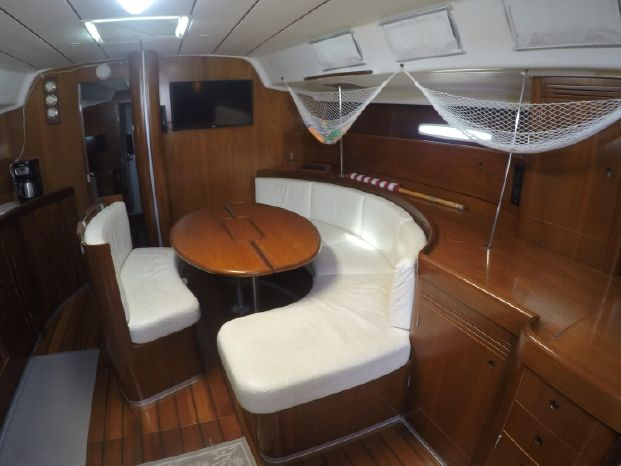 2001 Beneteau First Brokerage Sell