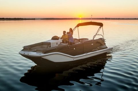2016 Bayliner Element XR7 - BAYLINER ELEMENT XR7