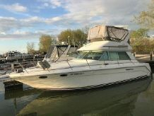 1996 Sea Ray 370 Sedanbridge