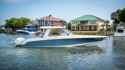 2020 Boston Whaler 380 Realm