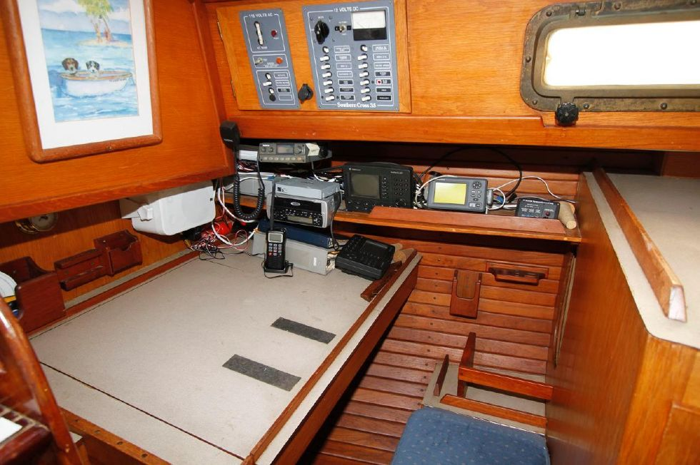 1982 Southern Cross 35 Cutter - Navigation Station