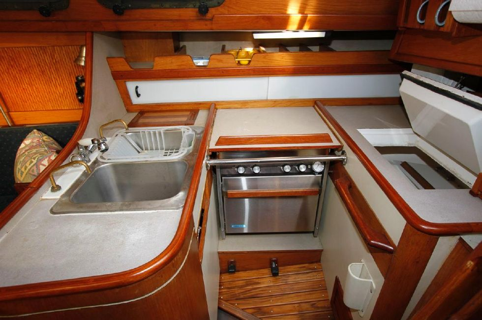 1982 Southern Cross 35 Cutter - Galley w/Holding Plate 12V