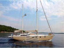 1981 Ferretti Yachts Altura 422