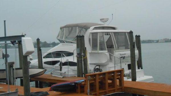 Cruisers Yachts 385 Motoryacht