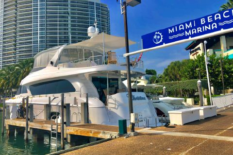 2008 Hatteras 72 Motor Yacht - Christina of Miami Beach