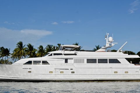 1990 Broward Raised Bridge Motor Yacht
