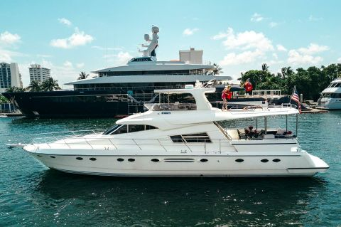 2002 Johnson Motor Yacht