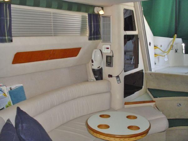1992 Sea Ray Diesel powered 350 Express Bridge