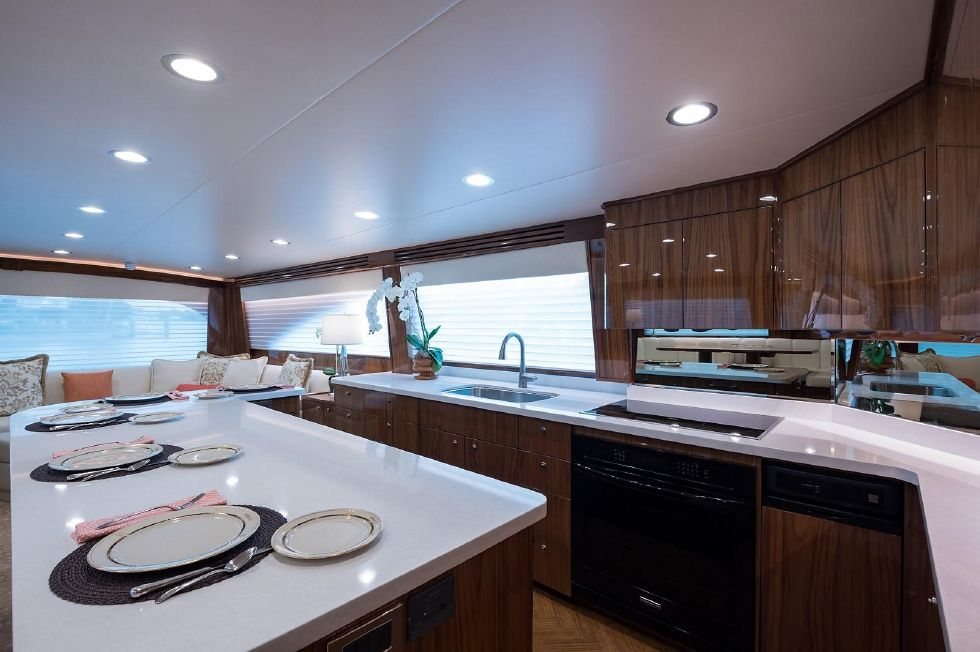 2019 Viking Enclosed - Galley