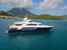 2007 Richmond Yachts Tri-deck Motoryacht
