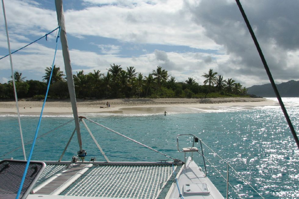 2007 Voyage 450 - Tramps and foredeck