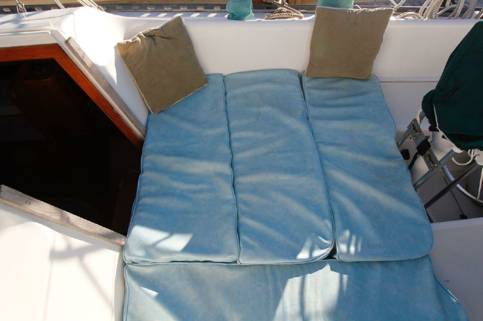 Morgan Starrett & Jenks 45 Cockpit Berth Cushions