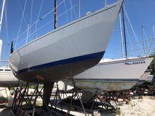 1983 J Boats 29
