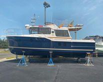 2021 Ranger Tugs R-29 CB Luxury Ed