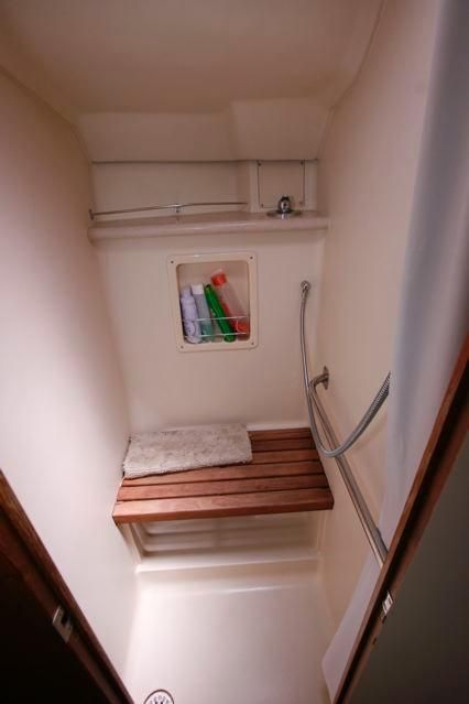 2005 Hunter 466 - Shower in Master Stateroom