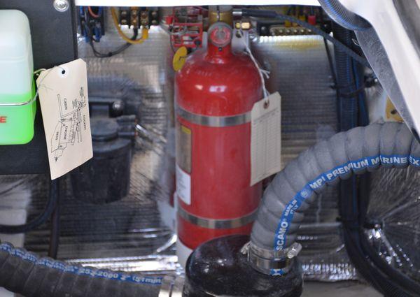Regal 28 Express image