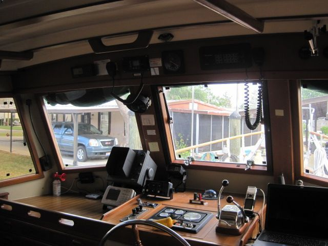 1987 Kadey-Krogen 42 Pilothouse Trawler Stabilized & Centerline Queen - Pilothouse fwd