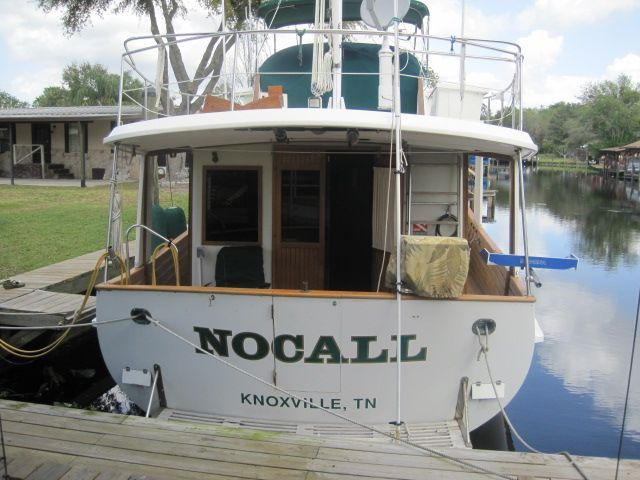 1987 Kadey-Krogen 42 Pilothouse Trawler Stabilized & Centerline Queen - Stern