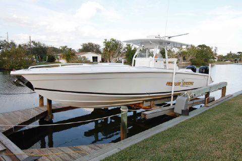 2006 Marlago Jefferson FS35 Sport Cuddy
