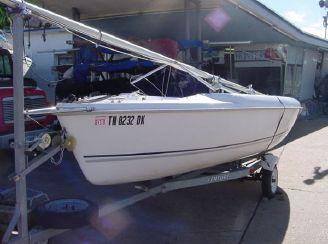 2003 Hunter 170