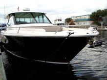 2016 Tiara Yachts Q44 Adventure