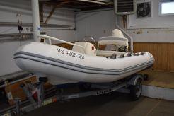 2001 Zodiac Yachtline 380 DL