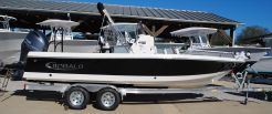 2020 Robalo Bay Boats 226 Cayman