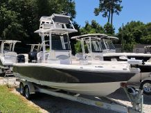 2020 Robalo Bay Boats 246 CAYMAN SD