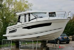 2020 Jeanneau Merry Fisher 895 Offshore