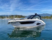 2021 Sea Ray 370 Outboard