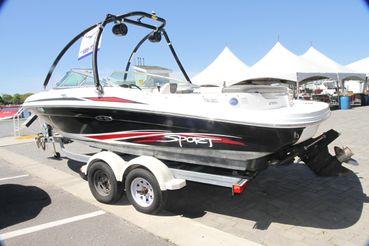 2011 Sea Ray 205 Sport
