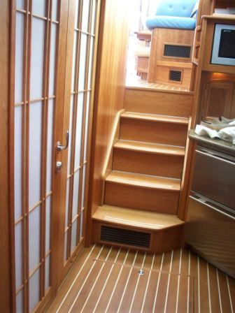 2008 Sabre 52 Salon Express - Salon Steps/Master Doors