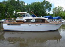 1959 Chris-Craft Constellation 42 MY