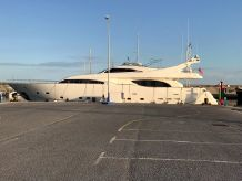 1999 Ferretti Yachts 94 Custom Line