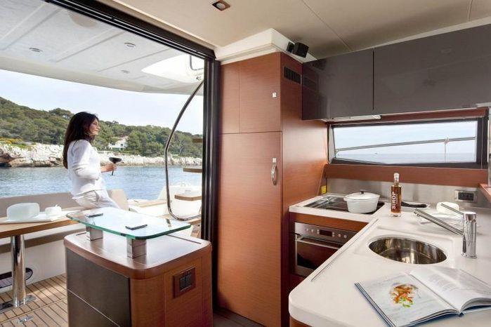 2017 Prestige BoatsalesListing Massachusetts